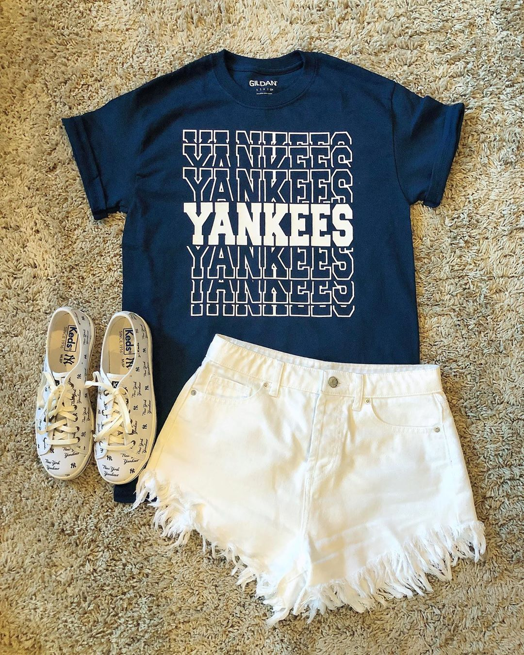 In honor of opening day I just had to make a Yankee shirt!   #openingday #baseba…
