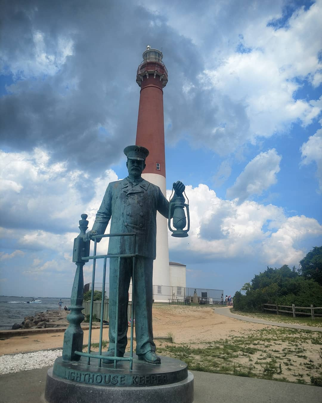 Old Barney and the light house keeper  #BarnegatLight #BarnegatInlet #BarnegatBa…