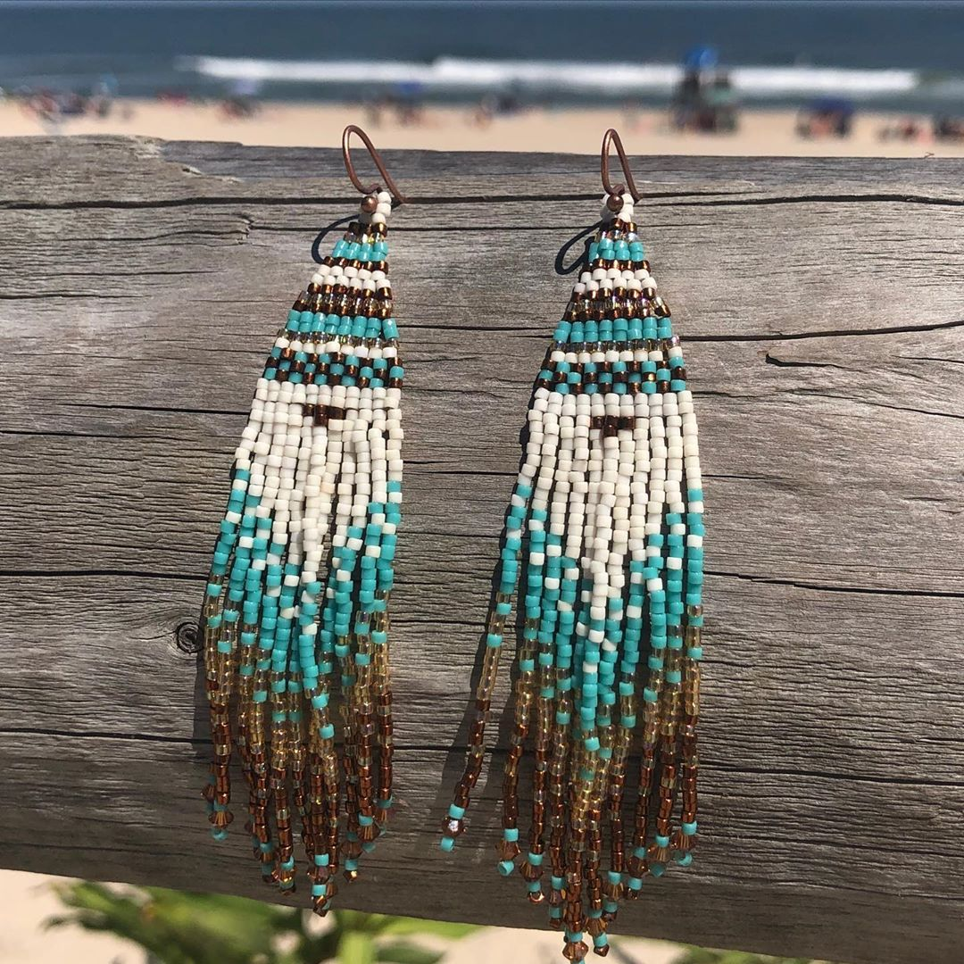Ombré style earrings! Great day to bead! All jewelry made on LBI in the USA . Ph…