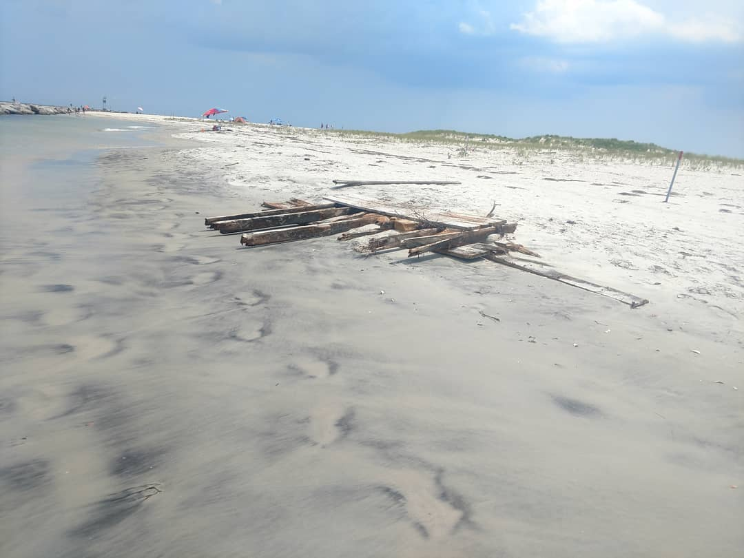 Piece of a ship, chunks of homes washing back up years after hurricane Sandy  th…