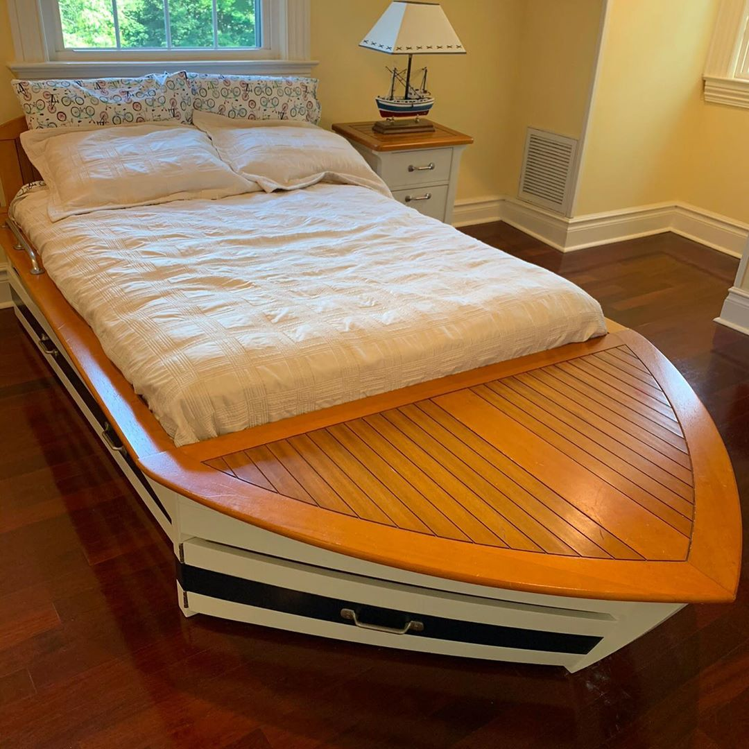 Pottery Barn Nautical Bedroom Set. Includes full bed with twin trundle bed and u…