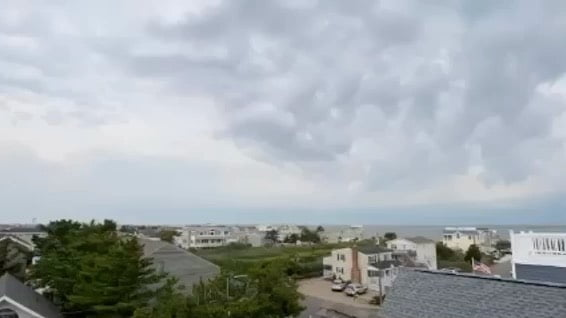 Wait for it… @jdisalvo33 captured this insane time lapse of yesterday's storm …