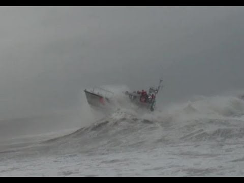 Read more about the article 47-foot Motor Lifeboat MLB – Coast Guard Station Barnegat Light Heavy Weather Training #LBI