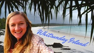 A description of a place (Whitsunday Island) using easy English present simple tense & Quizlet link