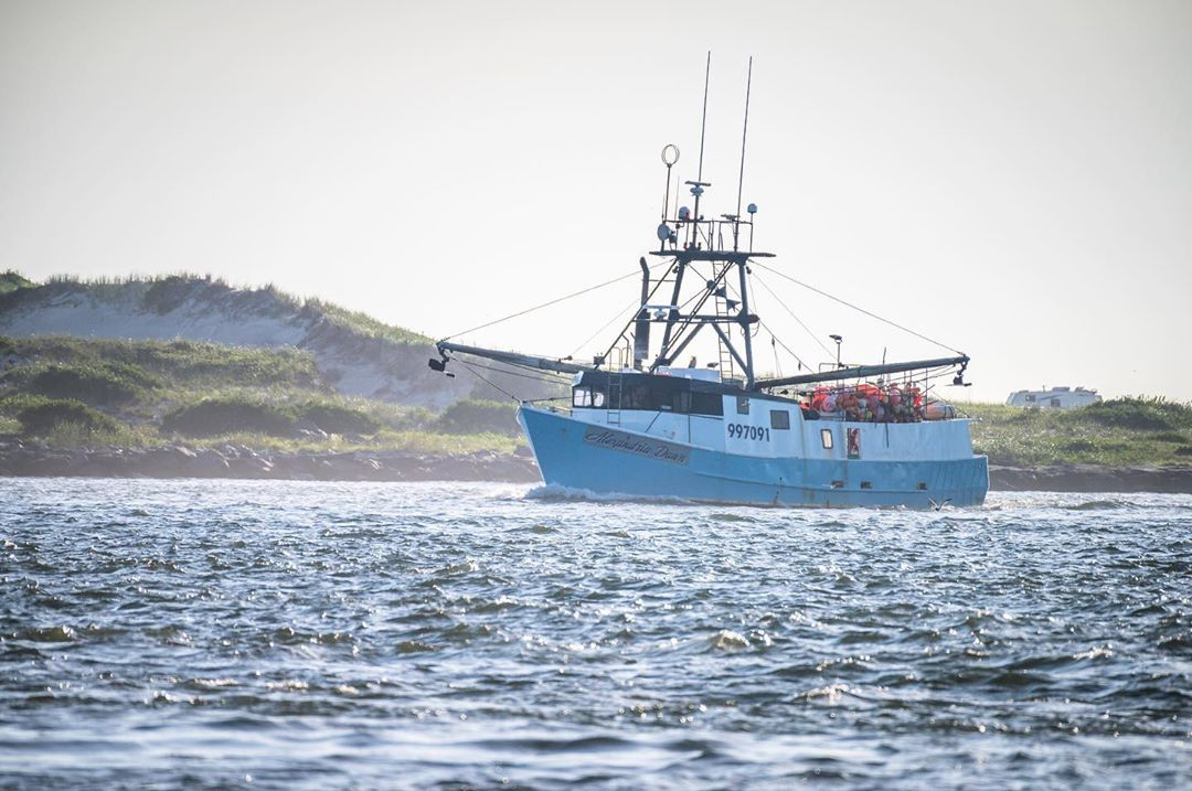 F/V Alexandria Dawn arriving this morning ahead of tonight's full moon.  . . . ….
