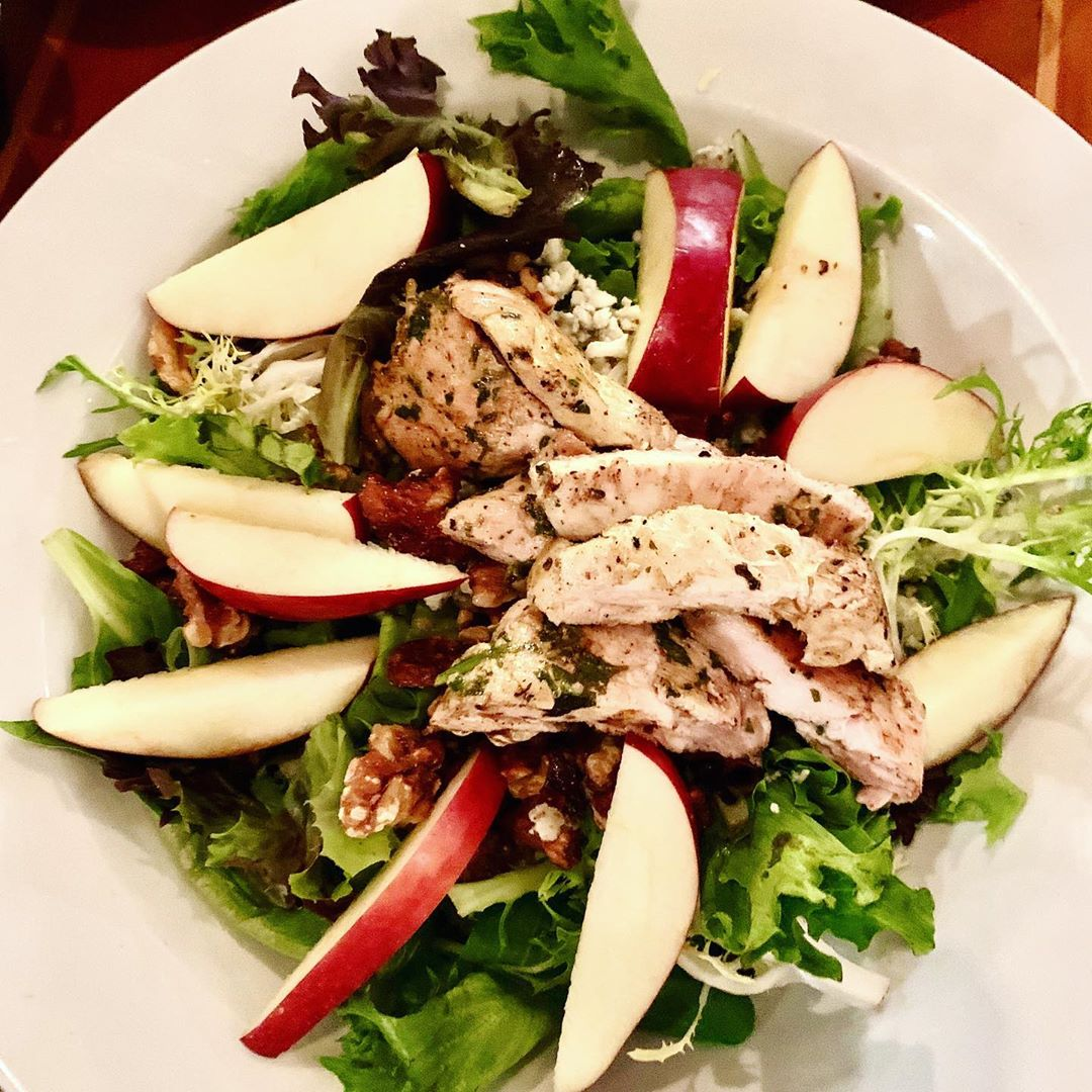 In this heat, I'm all about salads and smoothies! The Milano Salad @bluewatercaf…