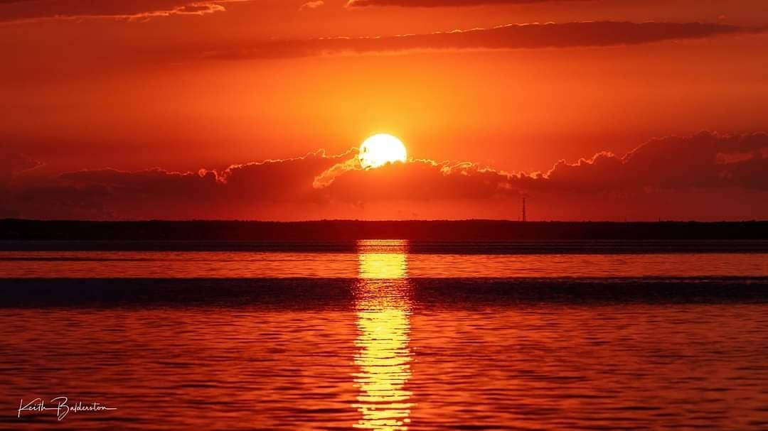 LBI Beautiful sunset tonight at LBI, I can't decide which shot I like better so I po…