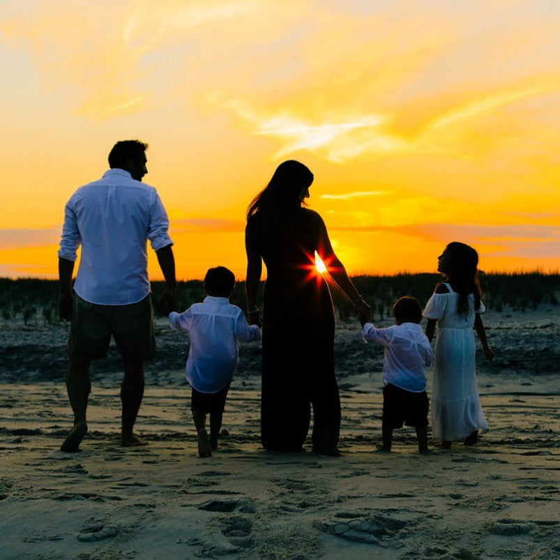 LBI I had a special beach family sesh last night on Barnegat Light Beach ! Stay tune…