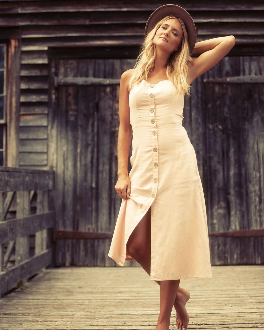 """LBI Midi dresses and tasteful hats? Yes please! Our summer fashion editorial """"Simple…"""