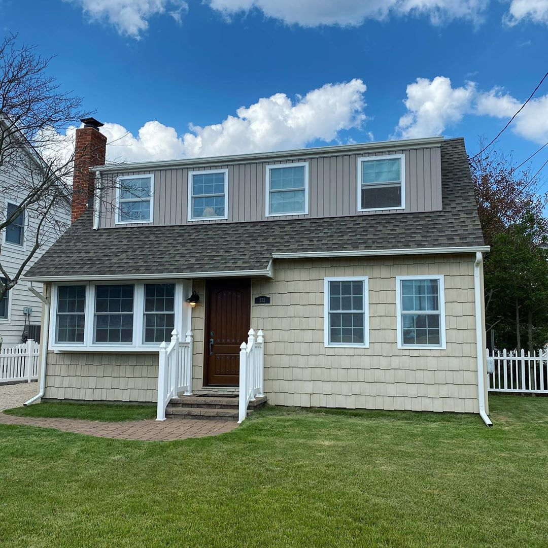 LBI NEW LISTING! 273 S 1st Street in Surf City. Updated bayside Cape Cod on a 50×100…