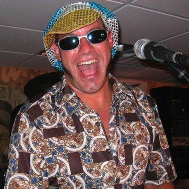 LBI Never a dull moment at Bird & Betty's. Chris Gaustelle, straight outta Key West,…