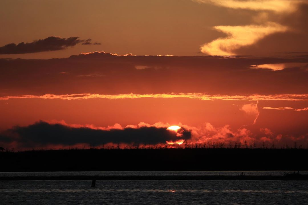 Read more about the article LBI Sunset/Moonrise             …