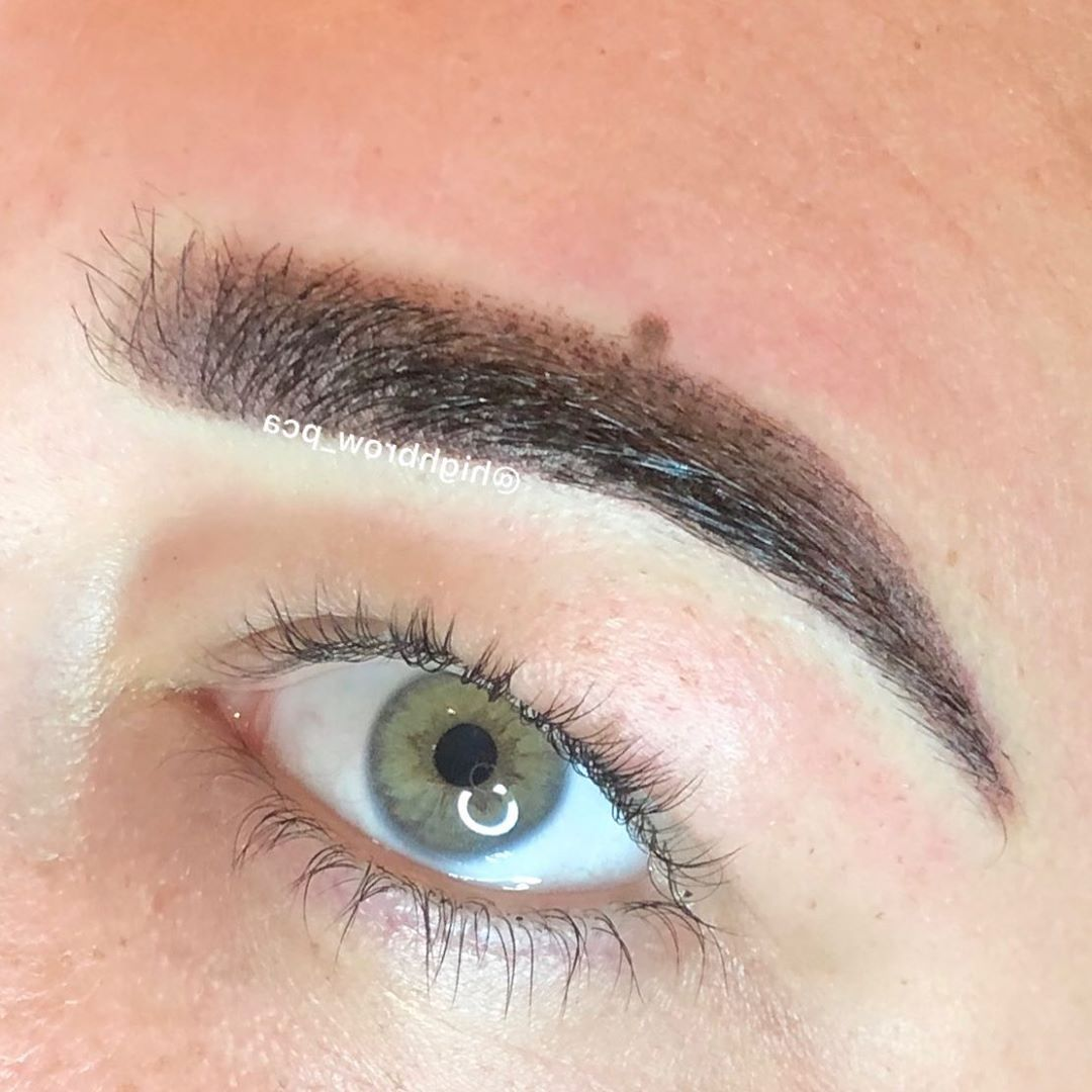 Powdery, pixelated close-up on these gorgeous green eyes ! .. – – –             …