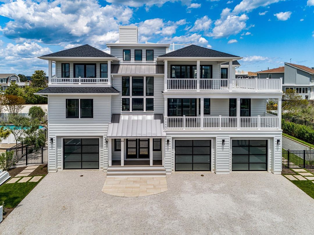 LBI Can't get over this one.  Let us know what you think of the  glass garage doors….