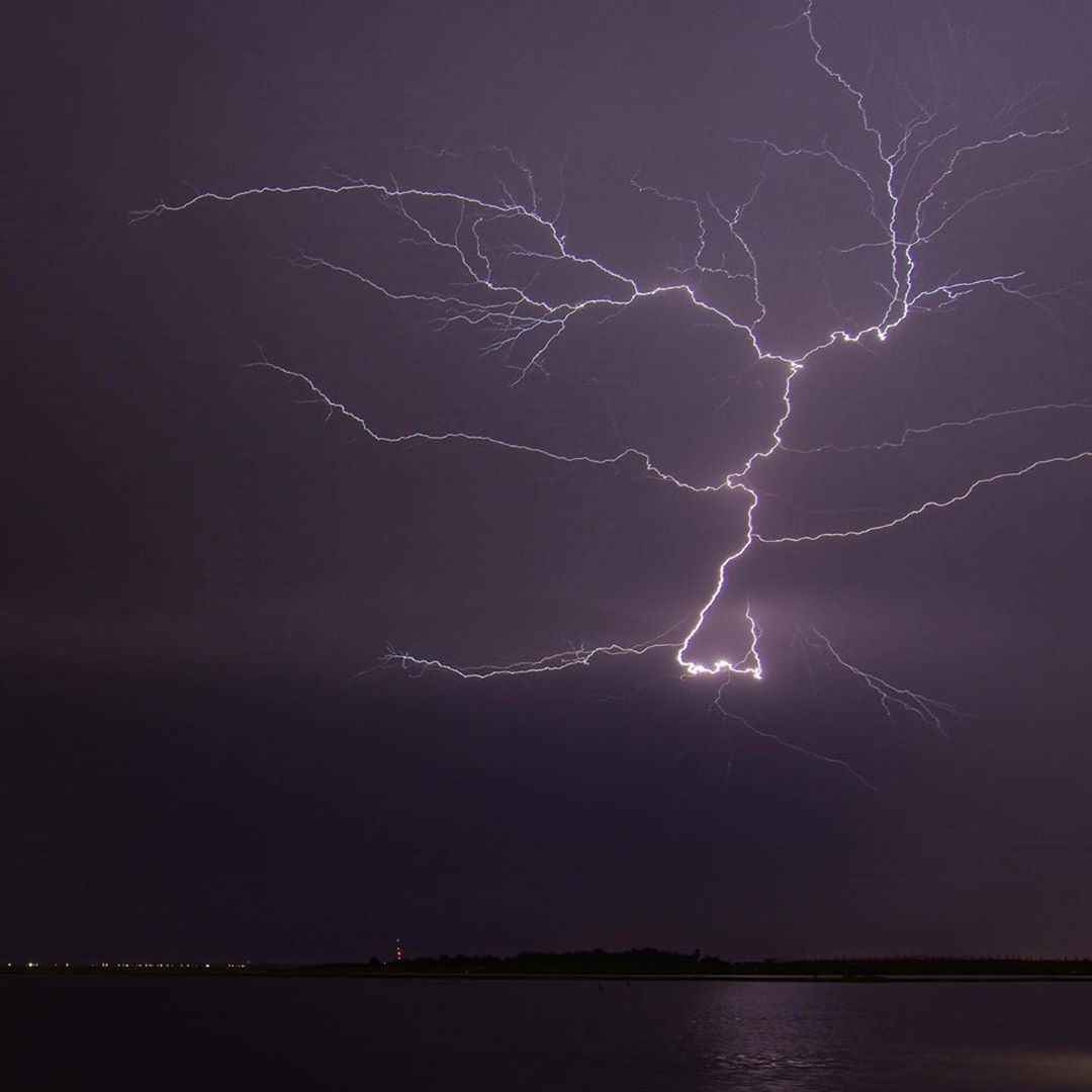 LBI Dayum!!  caught this electric sky in   Great picture!! (PS. Stay safe)   …