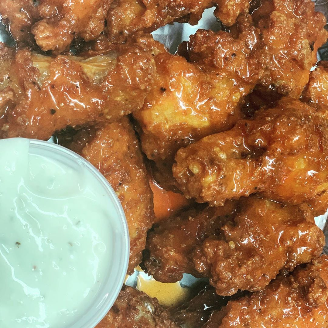 LBI FOOTBALL SUNDAY… you're doing it right if you are getting your pizza and wings…