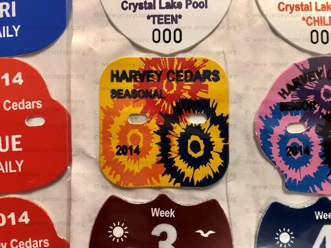 Read more about the article LBI For  this week we are showcasing the Harvey Cedars 2014 seasonal beach badge. We…