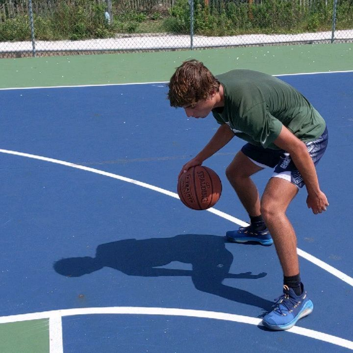 LBI Great workout with Tommaso 1st video 3lb basketball  2nd video Single hand cross…