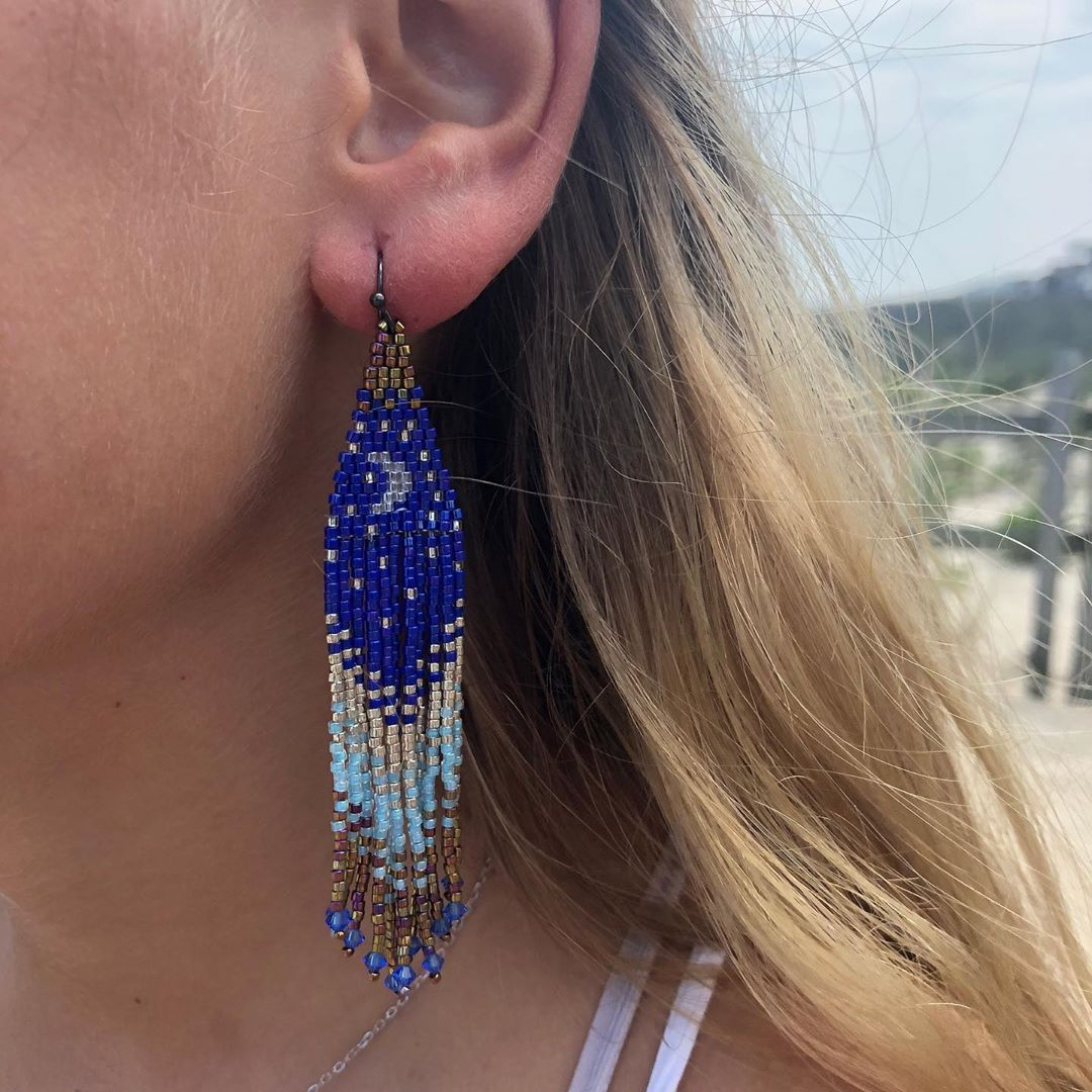 Read more about the article LBI Hand beaded statement earrings.  Made on LBI in USA . Happy September…