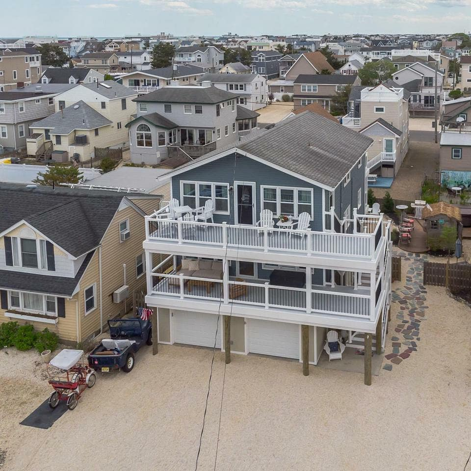 LBI JUST LISTED! $1,050,000  6 E Hobart in  Raised oceanside duplex offers 3 beds 1 …