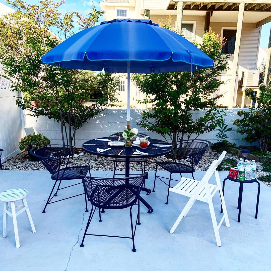 LBI Labor Day outdoor dining.     Go  !!…
