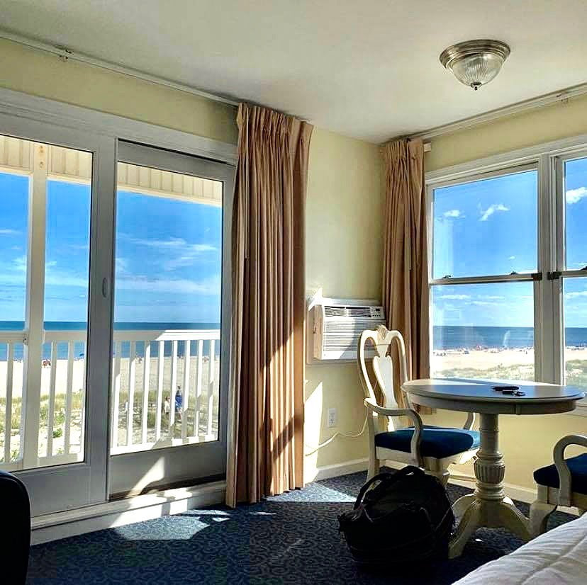 LBI Life is sweet in an oceanfront suite!   …