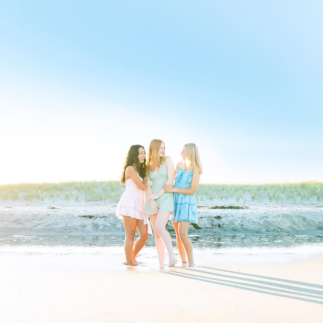 LBI Loving how colorful this is, and How gorgeous are these SENIOR girls?!   The cra…