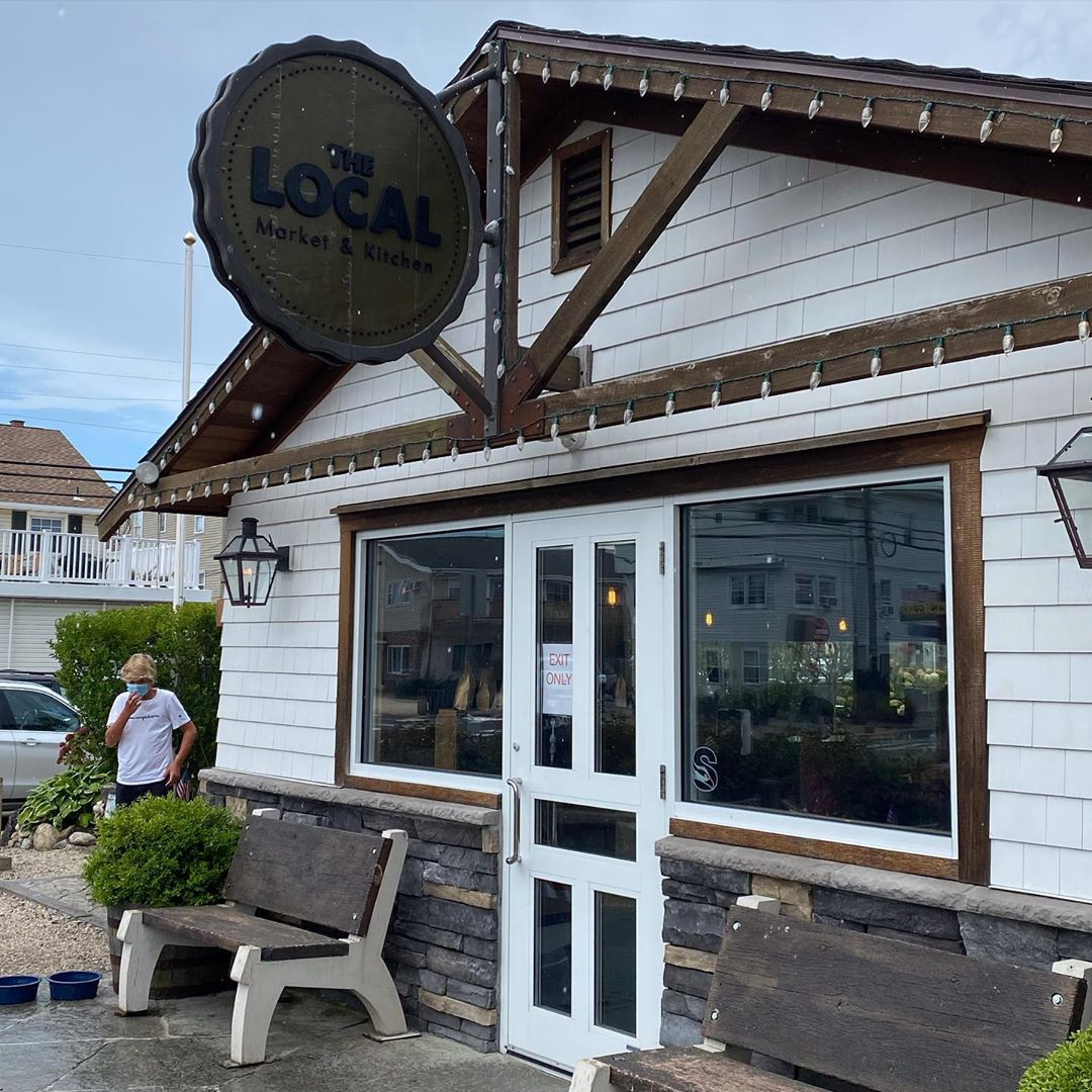 Read more about the article LBI Out on the island this afternoon. Had lunch at   and then picked up some donuts …