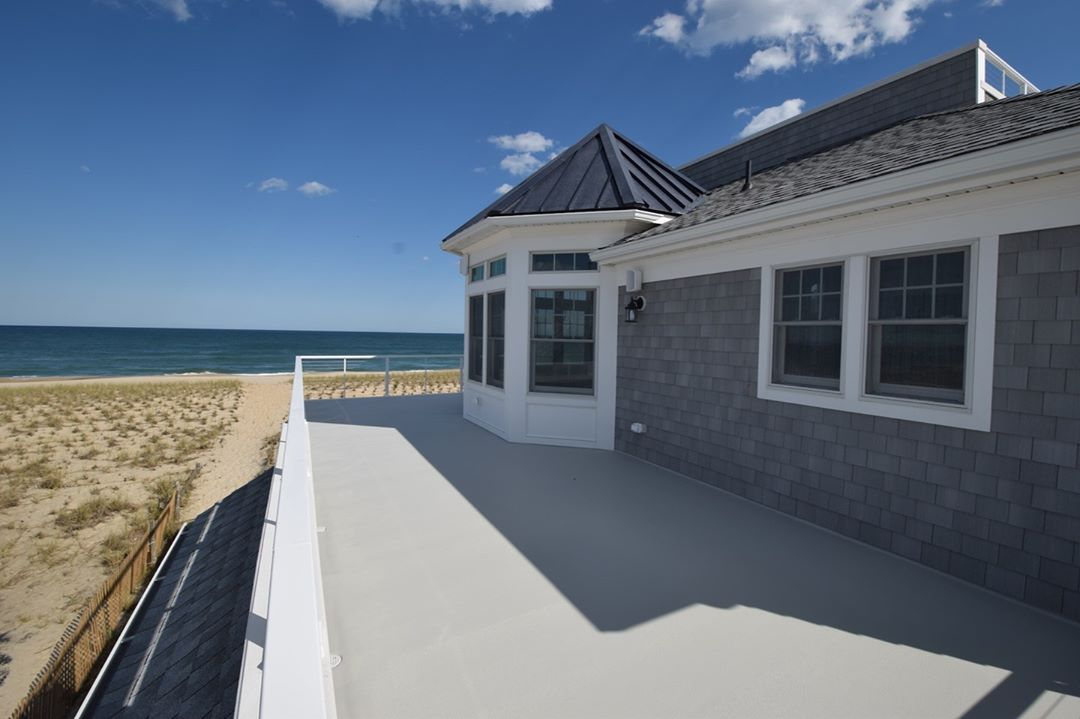 LBI Summer doesn't have to be over when you own a new custom home on LBI. Enjoy year…