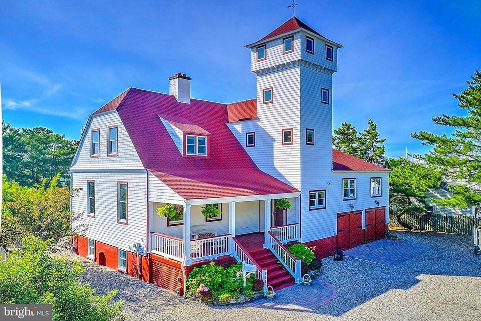 LBI Welcome to one of the most unique and storied homes on Long Beach Island   . Thi…