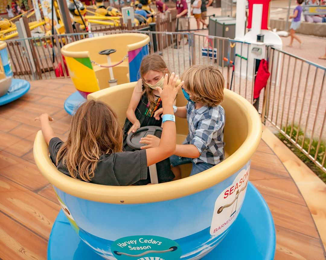 LBI We're spinning with excitement for $25 Unlimited Rides today from 1pm-6pm!…
