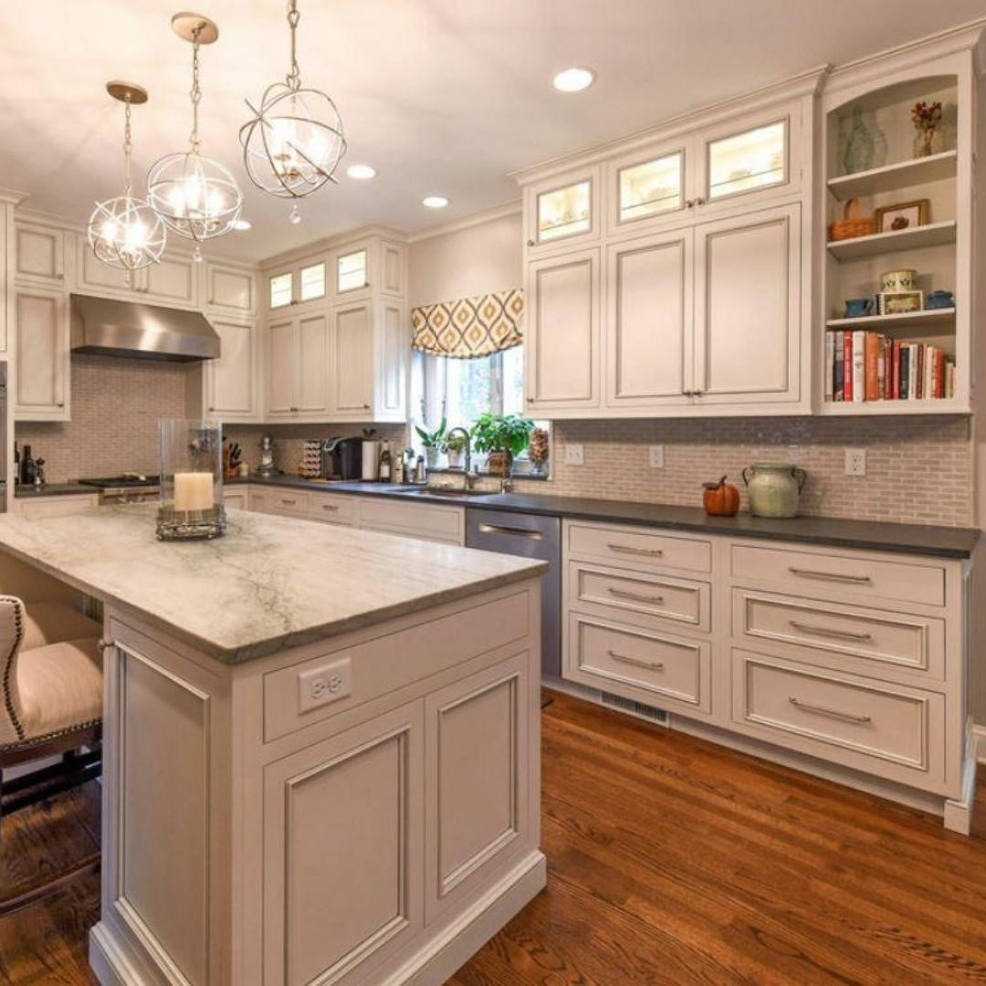 LBI White kitchen cabinets are the chameleons of the kitchen design world. They matc…