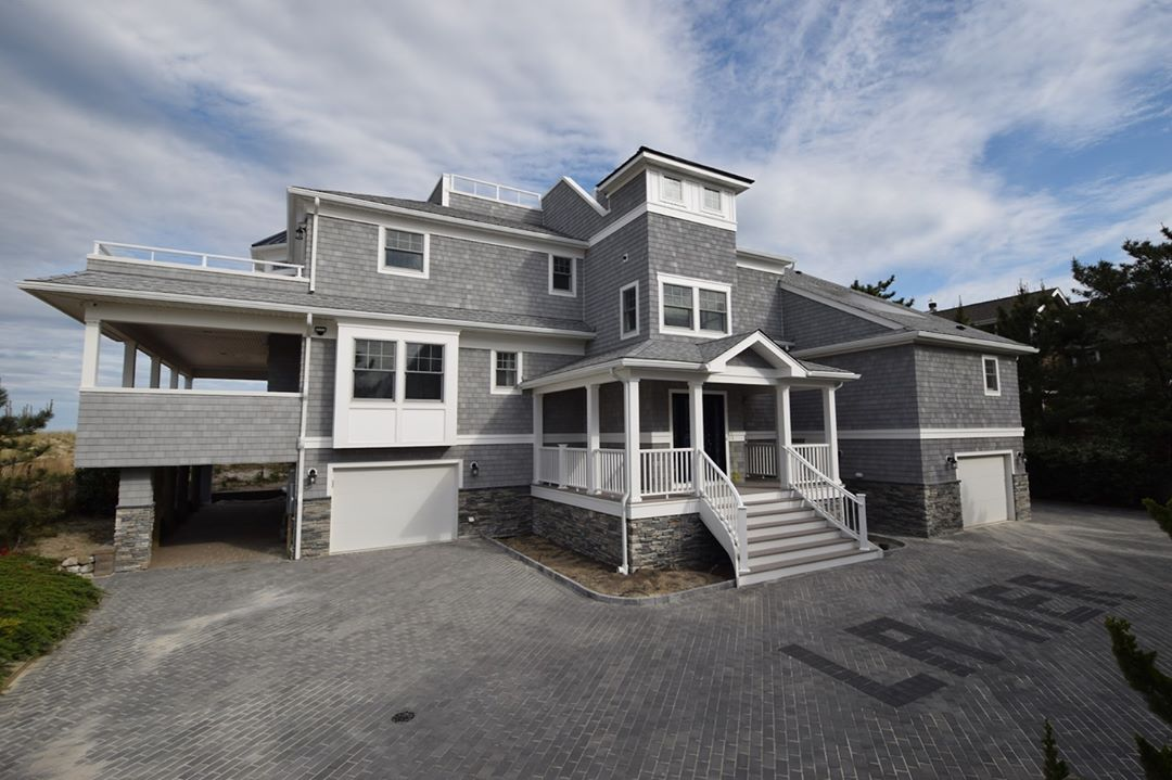 LBI Absolutely breathtaking Oceanfront custom home in  Thinking about building a new…