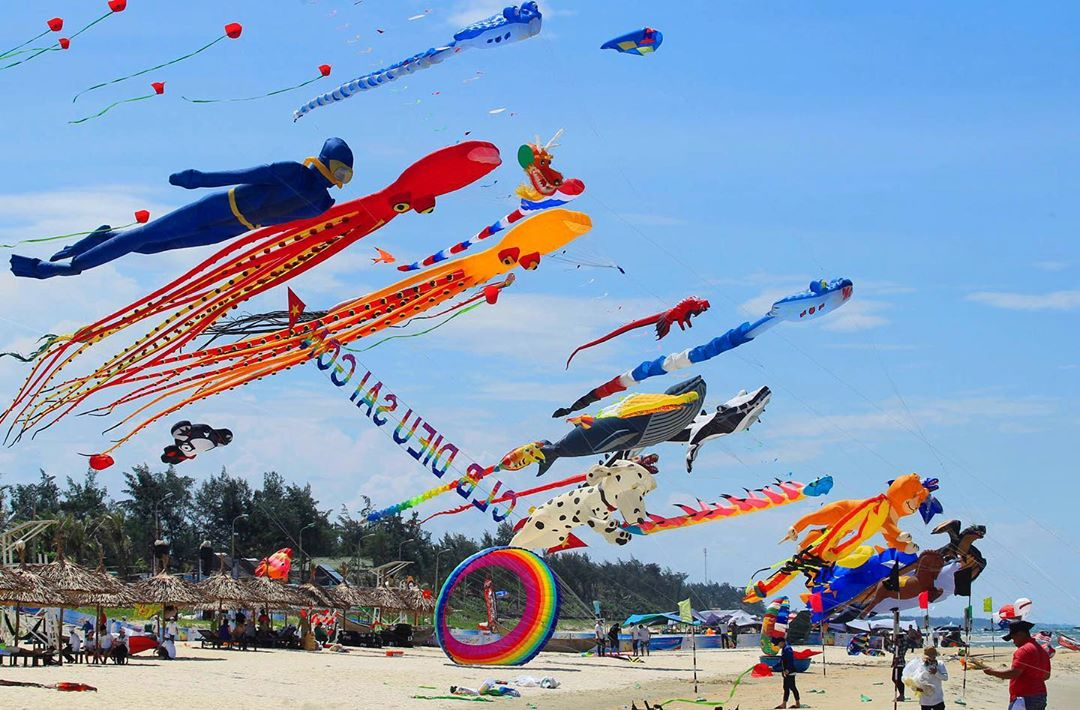 LBI Columbus Day weekend soared high on LBI as we celebrated the 6th Annual LBI Fly …