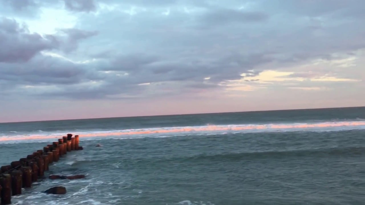 Read more about the article Pink waves in LBI, NJ #LBI