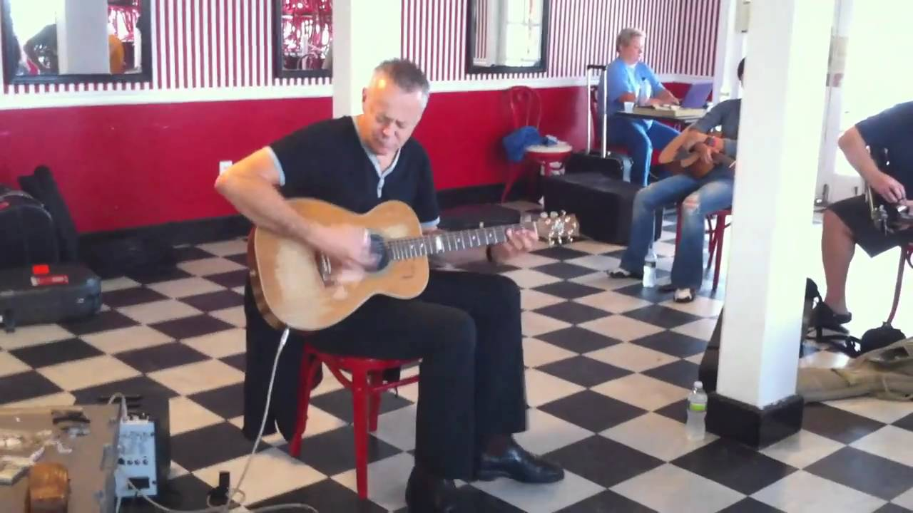 Read more about the article Tommy Emmanuel Beach Haven NJ Workshop 2010 #LBI