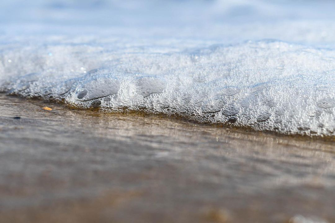 LBI love the detail of the foam in this shot  * * *                              …