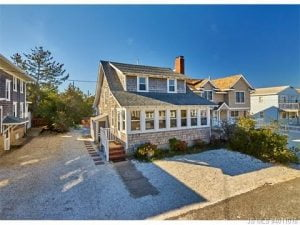 VideoTour 128 E 29th Street, Ship Bottom, NJ 08008 #LBI