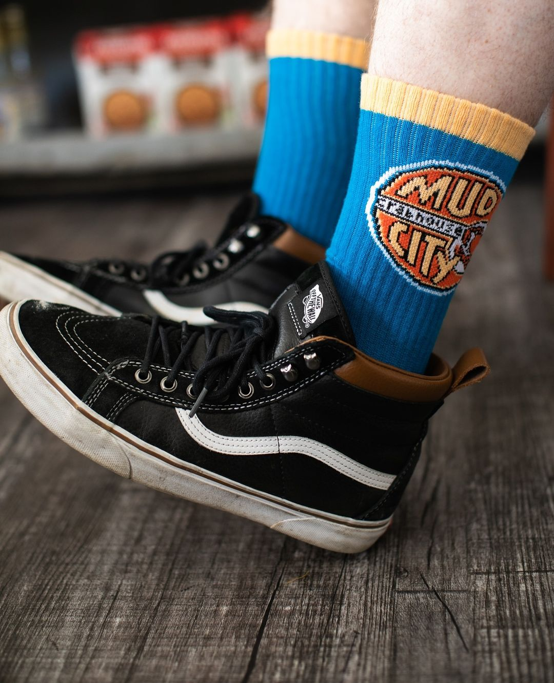 Read more about the article LBI Sock Sunday.  Keep their toes cozy in a rad pair of Mud City socks. Socks, ap…