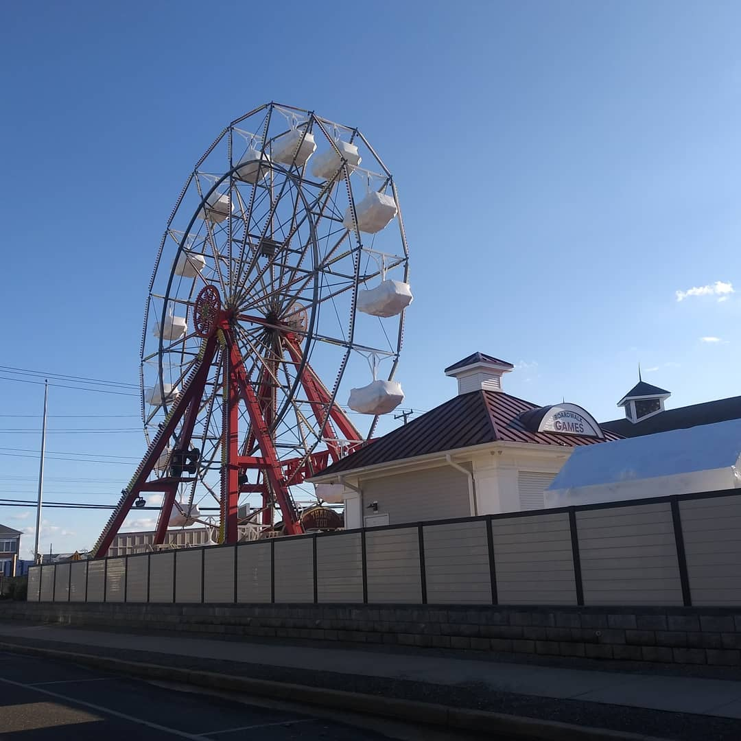 LBI There's something really cool about an empty amusement park on a Jersey Shore De…
