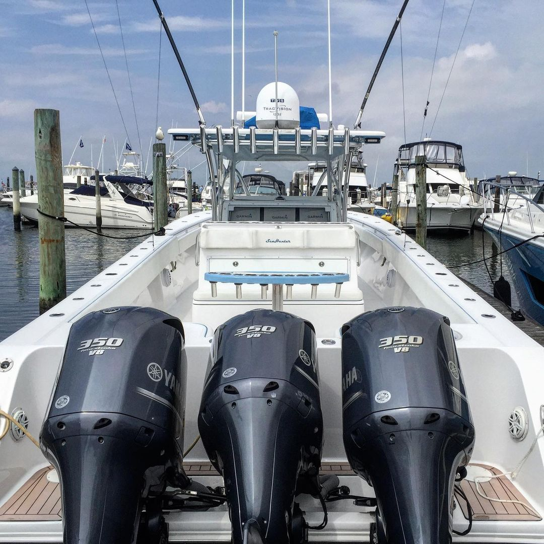 LBI Topside detail on this 41'  to get her all pretty right before this past summer'…