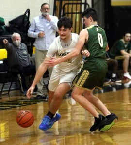Read more about the article Southern Boys Hoops Squad Uses First-Quarter Lead to Thwart Pinelands