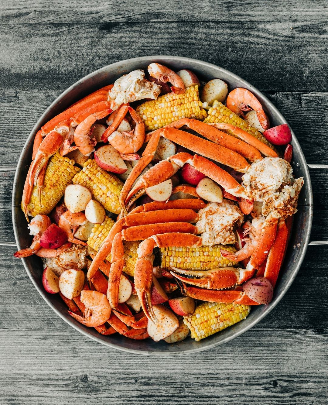 LBI CRAB LEGS ANYONE?? It's finally the weekend! Time to grab the family and sit aro…
