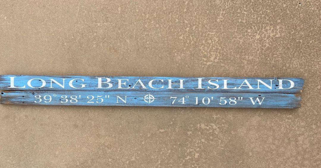LBI Enjoyed making this custom 6' long sign from reclaimed wood!                    …
