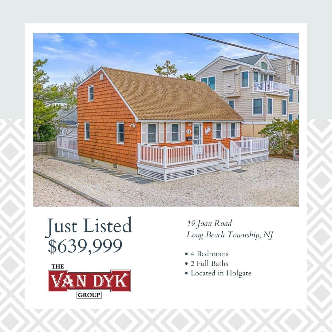 Read more about the article LBI NEW LISTING!  Tastefully renovated, turn-key, beach cottage located on LBI's sou…