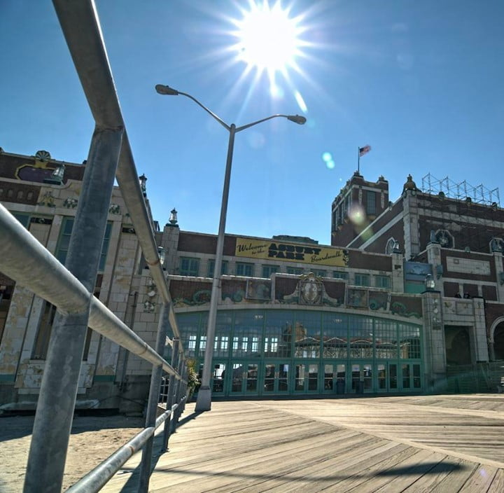 LBI When you visit the boardwalk and it's empty >> I don't know about you but this e…