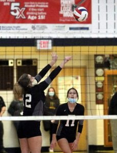 Southern Regional Scores Easy Win in Girls Volleyball State Tourney Opener