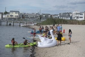 Read more about the article Bayview Park Welcomes Nonprofit Hearts of Mercy for Summer Fun