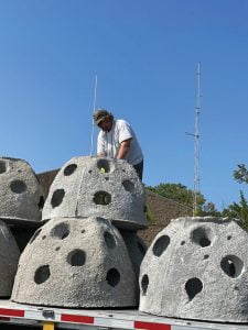 Read more about the article Charter Fishing Group Lands Reef Balls