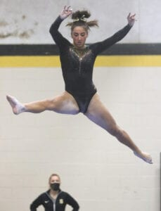 Read more about the article Kelly, Wasacz Return to Lead Southern Regional Gymnastics Squad